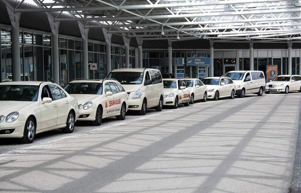 airport taxi heathrow 1