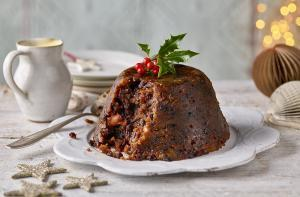 Holiday Feast in Ireland: Top 8 Irish Christmas Foods You'll Spot On The Dinner Table